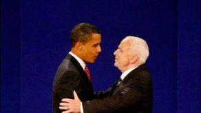 McCain propone ataques aéreos en Siria e insta a Obama a actuar