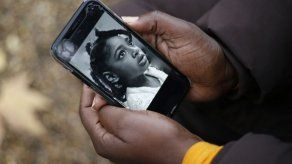 Una sentencia pionera admite que la contaminación influyó en la muerte de una niña en Londres