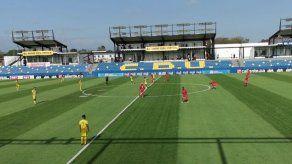 Universitario se hace sentir en la inauguración de su estadio en Penonomé