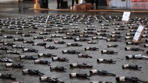 Destruyen más de 500 armas de fuego decomisadas en operativos