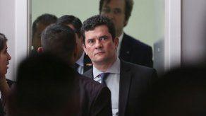 Moro denuncia que un grupo criminal ataca lucha anticorrupción en Brasil