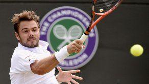 El suizo Wawrinka barre a Verdasco en Wimbledon