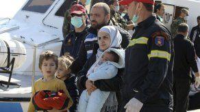 Rescatada la embarcación con cerca de 700 inmigrantes en Grecia
