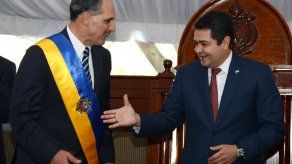 Un derechista asume el poder en Honduras
