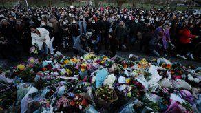 Policía acusado de asesinato comparece en corte en Londres