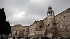 Hallan pila bautismal en Iglesia de la Natividad en Belén