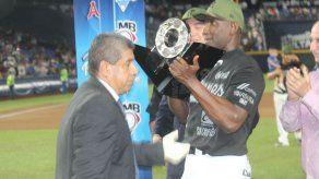 Roberto Kelly y los Sultanes de Monterrey Campeones en México