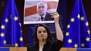 Opositora bielorrusa gana premio Sájarov de derechos humanos