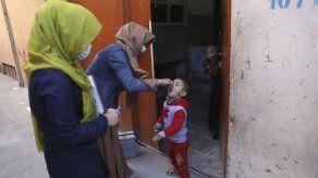 Afganistán: matan a 3 mujeres en campaña contra la polio