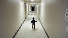 California: Podrían llevar niños migrantes a base de Guardia