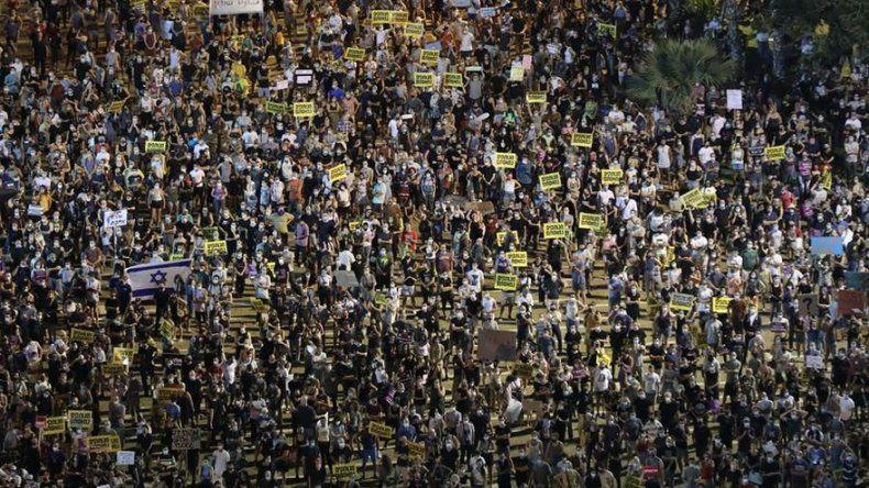 Miles protestan en Tel Aviv y exigen más apoyo económico durante la pandemia