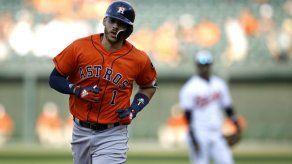 Correa pega HR y Verlander suma 10 ponches