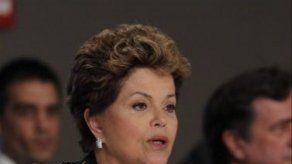 Rousseff se dice feliz por el pronto regreso al trabajo de Cristina Fernández