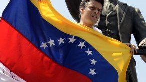 Libertad para Leopoldo López y revocatorio piden militantes de su partido