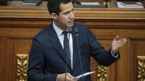 El equipo de Guaidó pide la inmediata liberación de Áñez