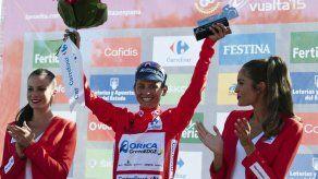 Chaves gana 6ta etapa y recupera liderato en la Vuelta