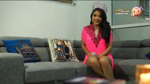 Edikelis Ng comparte sus experiencias como Reina de Calle Arriba de Pedasí