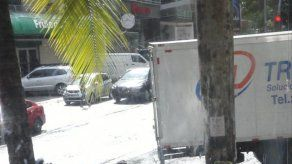 Reportan robo a mano armada en sucursal de Western Union de Vía Argentina