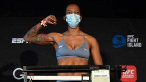 Panameña Joselyne Edwards lista para hacer historia en la UFC