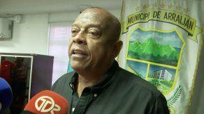 Alcalde separado de Arraiján se toma oficinas municipales
