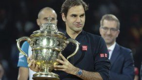 Federer rechazó invitación para jugar en Arabia Saudí
