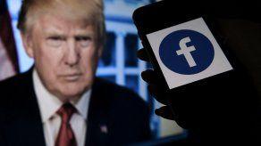 Facebook mantiene el veto impuesto por la plataforma al expresidente estadounidense Donald Trump.