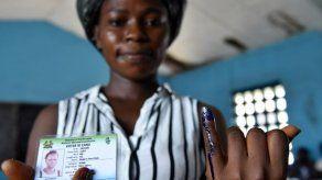 Cierran los colegios electorales en Sierra Leona