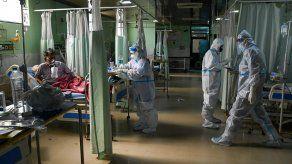 India ha constatado más de 230.000 muertes y 21 millones de casos desde el comienzo de la pandemia.