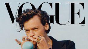 Harry Styles arrasa con su histórica portada para Vogue