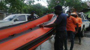 Inician búsqueda de dos personas desaparecidas en Lago Gatún