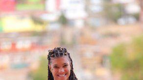 Gianna Woodruff obtiene bronce en los 400m con vallas