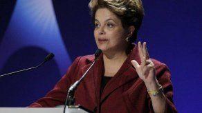 Rousseff aprueba reforma agraria en 13 estados de Brasil