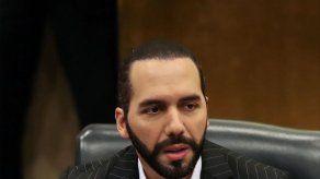 Bukele ordena a telefónicas cortar comunicación en cárceles de El Salvador