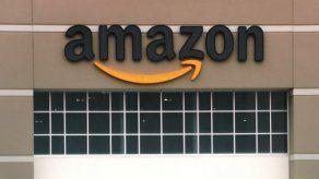 Un hombre transgénero acusa a Amazon por discriminación tras su embarazo