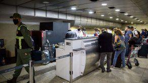 Venezuela amplía hasta el 12 de noviembre el cierre de vuelos por la pandemia