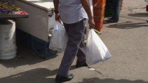 Restan menos de 24 horas para que Panamá se despida de las bolsas plásticas de polietileno