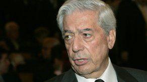 Vargas Llosa critica la proliferación de la prensa ligera