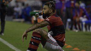 Brasil: Gabigol pagará más de 20.000 dólares por incumplir medidas COVID-19