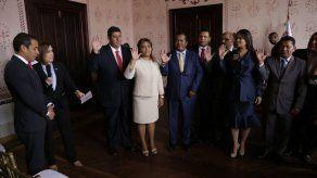 Ministro de Gobierno juramenta a 12 de los gobernadores designados por Cortizo