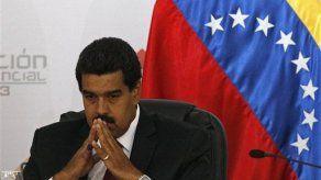 Maduro pide armar propuesta para liberar a la región de Twitter