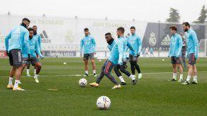 Zidane pendiente de Modric; Isco