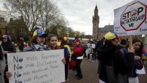 Cuba pide no inmiscuirse en asuntos de Venezuela