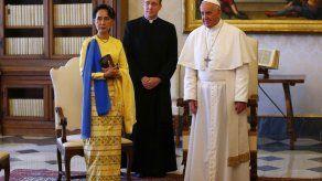 El Vaticano y Mianmar establecen relaciones