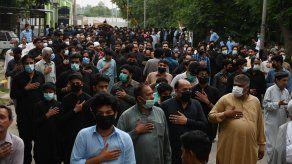 El gobierno de Pakistán no logró convencer a los dirigentes religiosos chiitas que renuncien a la celebración.