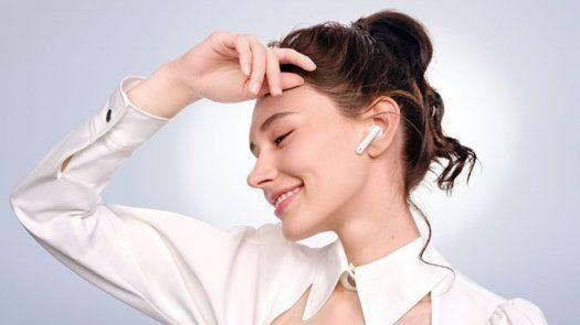 Los Huawei FreeBuds4i brindar un audio crystal clear con máxima cancelación de ruido y diseño premium.