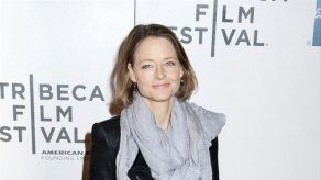 Jodie Foster dirigirá y protagonizará el remake de la cinta Woman at War