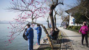 China prohíbe escupir en público en la ciudad que acogerá el G20