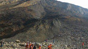 Docenas de desparecidos tras un deslave en Mianmar