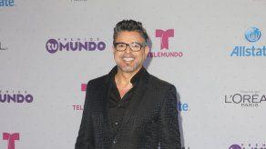 Luis Enrique pospone concierto en Puerto Rico por diferencias con productor