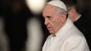 El papa promete que la Iglesia combatirá la pederastia
